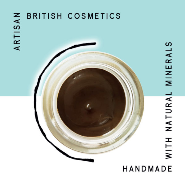 Green Tea + Detox Dead Sea Mineral Mud Mask + Cleanser. Organic Mask, Anti-ageing mask, cleansing mask, green tea mask. Pure and natural. Made with Green Tea, Bentonite Clay, Grape Seed, Frankincense, Hemp, Carrot Seed. Consciously Made in England.
