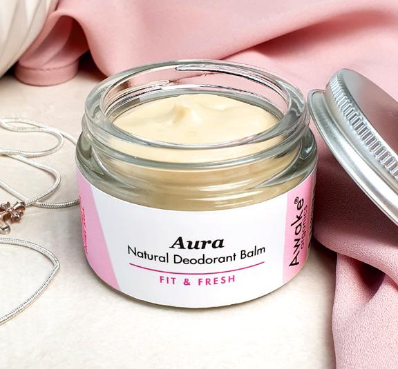 Aura Natural Deodorant   Plastic Free   Aluminium Free   Lifestyle 2   Awake Organics   Lifestyle